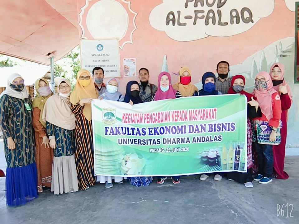 Tim Dosen UNIDHA Melaksanakan Kegiatan Pengabdian kepada Masyarakat